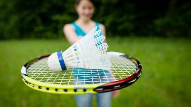 igranje badmintona